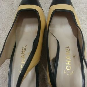 CHANEL Shoes - Chanel two-toned slingback pumpsTan/black